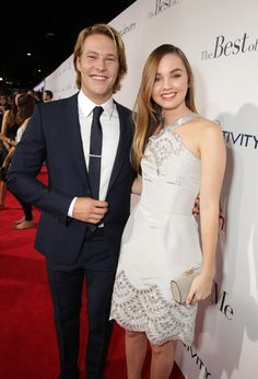 Luke Bracey and Liana Liberato are picture perfect at #TheBestofMe premiere!   Photo: Eric Charbonneau