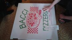 Get your JUMBO cheese pizza w/ a 2-liter of pop & a FREE tshirt for only $24.99 today at Bacci Pizzeria! #KentsDeals
