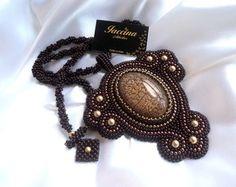 Colar Vintage Embroidery Beads Moda feminina >>>>facebook.com.br/athelieriaccina