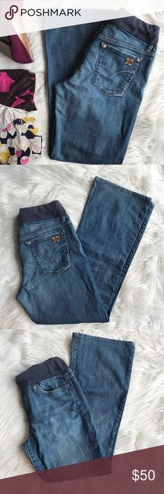 """Joe's Jean Muse Bootcut Maternity Jeans The comfiest jeans for any mom to be! These are a medium wash Jean (Harvey wash), style name """"Muse"""" which is a bootcut. These are in great used condition, the top band is slightly faded and has some pilling and these have very very light fading to the very edge of the bottoms. 98% cotton, 2% Lycra. Size 29. Waist 14.5"""", inseam - 30"""". Joe's Jeans Jeans Boot Cut"""