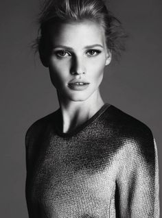 Calvin Klein Collection F/W 11 / photographer: Mert Alas and Marcus Piggott / art director: Fabien Baron / fashion editor/stylist: Camilla Nickerson - Fashion / hair stylist: Paul Hanlon / makeup artist: Mark Carrasquillo / set designer: Jackie Catelleni / model: Lara Stone