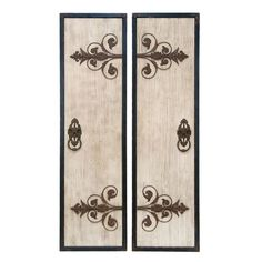2-piece wood and metal wall plaque set.   Product: 2-Piece wall decor setConstruction Material: Wood and metal