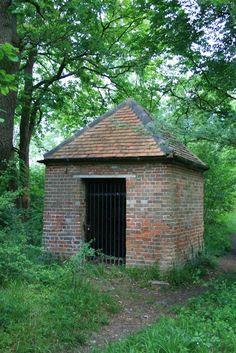 Jessop's Well by Hugh Craddock, via Geograph (?)