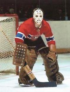 Tony Espositio pre-Hawks with Hawks mask? No it's Denis Dejordy who came from the Hawks to the Habs Hockey Shot, Ice Hockey Teams, Hockey Goalie, Hockey Games, Montreal Canadiens, Mtl Canadiens, Nhl, La Kings Hockey, Goalie Mask