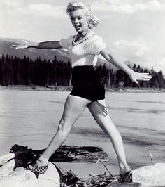 Marilyn in Canada by John Vachon, 1953
