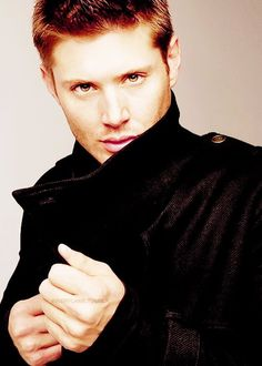 Jensen Ackles: probably THE most attractive, funniest and down-to-earth man I've ever laid eyes on! If you haven't seen him in #Supernatural, you're missing something special. ;)