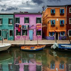 """""""The Most Cheerful Place in Italy"""" #Burano in #Venice #Italy! www.sognoitaliano.it"""
