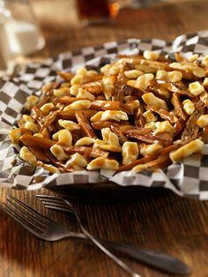Poutine- food  trends - foods invented by Canadians