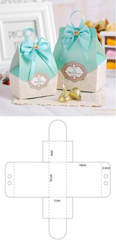 DIY Event Mint-colored box for sweets and chocolates - Jallydesign - Paper Gift Box, Paper Gifts, Paper Box Template, Gift Box Templates, Box Patterns, Paper Crafts Origami, Diy Box, Creative Gifts, Gift Bags