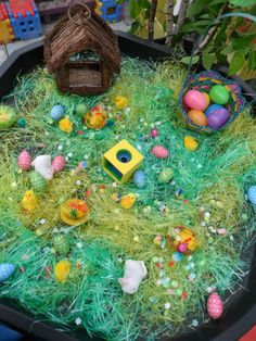 Easter egg hunt on a tuff spot Eyfs Activities, Nursery Activities, Easter Activities, Spring Activities, Infant Activities, Tuff Spot, Sensory Bins, Sensory Boards, Sensory Table