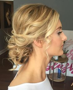 Wavy+Blonde+Updo+For+Thin+Hair
