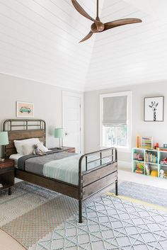 Benjamin Moore Rodeo This Boys Bedroom Features A Fresh And Hy Color Palette Also Notice