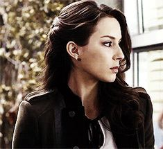 Pretty Little Liars, The Vampire Diaries&Teen Wolf Troian Bellisario, Toby Cavanaugh, Pretty Little Liers, Misery Loves Company, Spencer Hastings, Celebs, Celebrities, Gifs, Face Claims