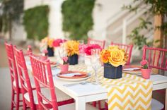 Lindas cores! Pra um almoço em família, de um mini mini wedding