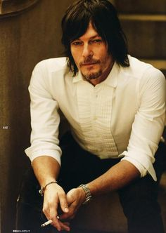 """Norman Reedus, One yeey for """"old fashion"""" He just looks even hotter!"""