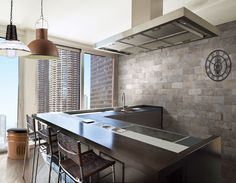 20x10 Chicago Hawk   SKU: 344270   Tile Choice