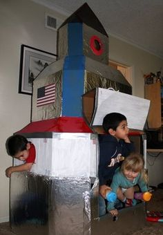 Giant Spaceship - Q would LOVE.  how to build from cardboard boxes