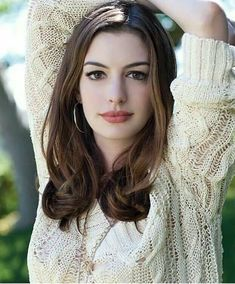 Anne Hathaway is an American film, television and stage actress and singer. She is best known for her roles in the films The Princess Diaries, Rachel Getting Married, The Devil Wears Prada, Love an… Beautiful Celebrities, Beautiful Actresses, Most Beautiful Women, Hollywood Celebrities, Hollywood Actresses, Girl Celebrities, Female Actresses, Actors & Actresses, Anne Jacqueline Hathaway