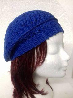 Konings blauwe dames baret€22,50Deze katoenen dames baret, is een van een collectie handgemaakte baretten voor wie net iets anders zoekt. Dit model is gehaakt in de kleur Konings blauw. Een super leuke aanwinst voor jouw garderobe als je van een romantisch en vrouwelijke uitstraling houdt. Net, Knitted Hats, Beanie, Knitting, Model, Fashion, Moda, Tricot, Breien