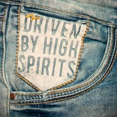 Stay driven to chase your passions with spirits oh-so high! Denim Jeans Men, Trouser Jeans, Denim Vintage, Denim Fashion, Jeans Style, Lady, Hobby Lobby, Christmas Diy, Indigo