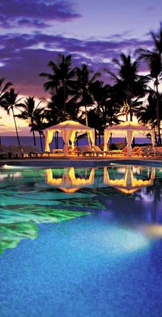 With nine pools, this #Maui resort is sure to impress. #Hawaii