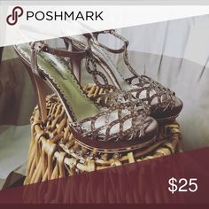 Heels Beautiful heels to attend a wedding•comfortable•great condition• Shoes Heels