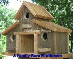 Rustic-Barn-Birdhouse-Primitive-Barn-Birdhouse-Barnwood-Birdhouse