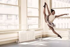 """""""Michaela Deprince does not look like the """"typical"""" 17 year old ballet dancer. At she is shorter and more muscular than most ballet dancers. She is also from Sierra Leone and all three of these are But that isn't stopping her at all. Modern Dance, Dance Photos, Dance Pictures, Ballet Pictures, Sierra Leone, Arte Yin Yang, Black Ballerina, Defying Gravity, Dance Like No One Is Watching"""