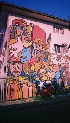 Mural (mineros), Santiago, Chile, 2003, photo by luz:alhucema