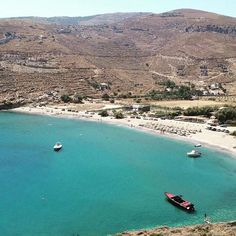island of Kea-Tzia island (Κέα-Τζιά) Stunning Spathi beach with golden sand and crystal clear water ☀️
