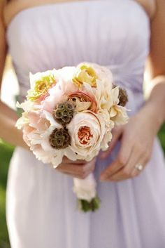 this creamy blush bridesmaid bouquet has all of my favorite elements