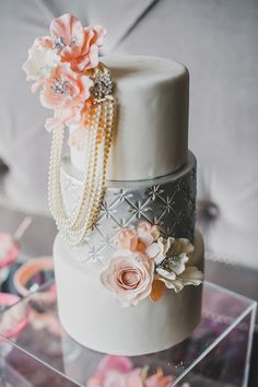 12 Gorgeous Metallic Wedding Cakes - Belle the Magazine . The Wedding Blog For The Sophisticated Bride