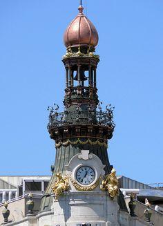 C/Alcala Madrid, Spain Foto Madrid, Madrid Barcelona, Time In The World, Wonders Of The World, Unique Clocks, Big Clocks, Housing Works, Portugal, Seville Spain