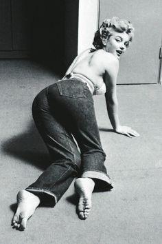 Marilyn by Philippe Halsman, 1952
