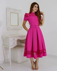Latest African Fashion Dresses, Indian Fashion, Modest Dresses, Short Dresses, Chic Fashionista, Dress Outfits, Fashion Outfits, Mother Of Groom Dresses, Glamorous Dresses