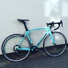 The new @campagnolosrl Potenza has landed on this unique @bianchiuk Oltre XR1 #oneoffceleste #XR1 #campagnolo #potenza #bianchi #passioneceleste #cycling #limitededition #roadbike #italian by twenty3c