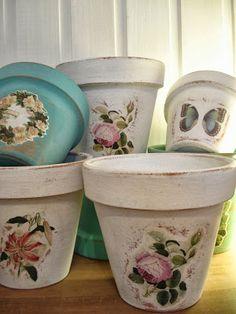 Tienda La Florinda Clay Pot Projects, Clay Pot Crafts, Painted Flower Pots, Painted Pots, Tin Can Crafts, Diy And Crafts, Clay Pot People, Furniture Painting Techniques, Camping Crafts