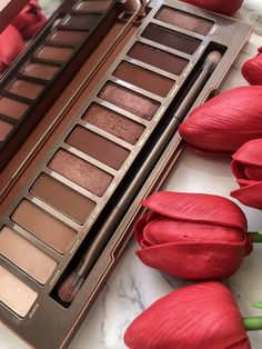Urban Decay Naked Heat Eye Shadow Palette - #cosmetics #makeup #beauty #ad