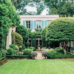 Un jardín imponente y muy tradicional. Nunca deja de llamar la atención.
