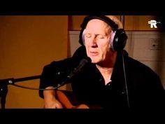 Live Uit Lloyd - Herman van Veen - Onderaan De Dijk - YouTube