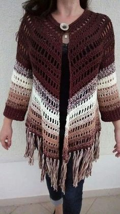 Diy Crafts - Crochet Poncho With Arm Holes Lion Brand - Diy Crafts - maallure Gilet Crochet, Crochet Poncho Patterns, Crochet Coat, Crochet Jacket, Crochet Cardigan, Crochet Shawl, Crochet Clothes, Hand Crochet, Free Crochet