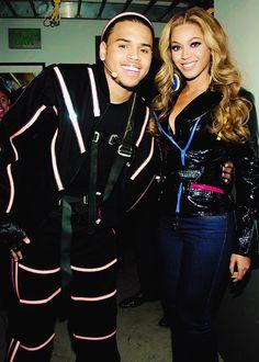Beyoncé & Chris Brown omg dis neva happened!