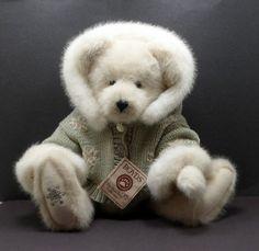 Boyd's Bears Retired Plush Mariah Crystalfrost 16 Inch Best Dressed Series $28.00