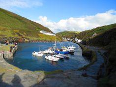 Boscastle - Cornwall http://www.mammafarandaway.com/2015/09/boscastle-e-in-ostello-con-i-bambini.html