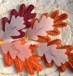 KBB Crafts & Stitches: Oak Leaf Name Tags    #SnickerdoodleSunday