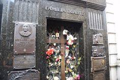 Tumba de Evita Perón, cementerio de la Recoleta.