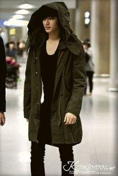 Fashion korean drama lee min ho 16 ideas for 2019 Lee Min Ho Images, Lee Min Ho Photos, Korean Airport Fashion, Korean Fashion, Trendy Fashion, Korean Celebrities, Korean Actors, Korean Dramas, Asian Actors