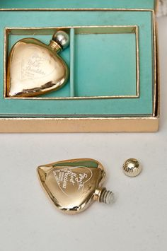Vintage Evyan Golden Hearts Perfume Set