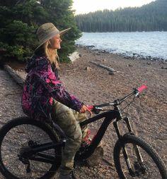 Time to get muddy. Muddy Girl Camo, Pink Camouflage, Camo Hoodie, Mountain Biking, Pink Girl, Funny Shirts, Pink Ladies, Bicycle, Hoodies