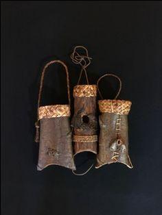 Folded Cedar Bark Baskets by Melinda West Bamboo Weaving, Basket Weaving, Birch Bark Baskets, Native American Baskets, Pine Needle Baskets, Russian Folk Art, Rope Crafts, Woven Bracelets, Basket Bag